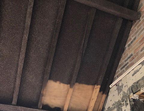 Luchtgommen hout - verwijderen vernis - Repair Projects West-Vlaanderen